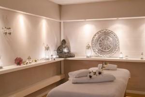 Massage Haarlem. Massageruimte hotstone ontspanning