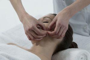 Bindweefselmassage beautyangel haarlem amsterdam acne anti-aging